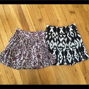 2 Forever 21 Patterned Mini Skirts Sz S/M